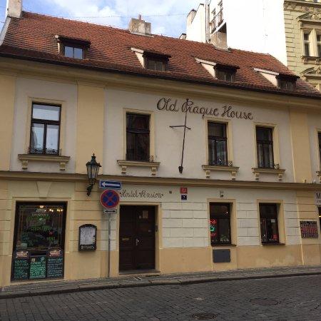 Old prague house prag tjeckien omd men och for Design hotel jewel prague tripadvisor