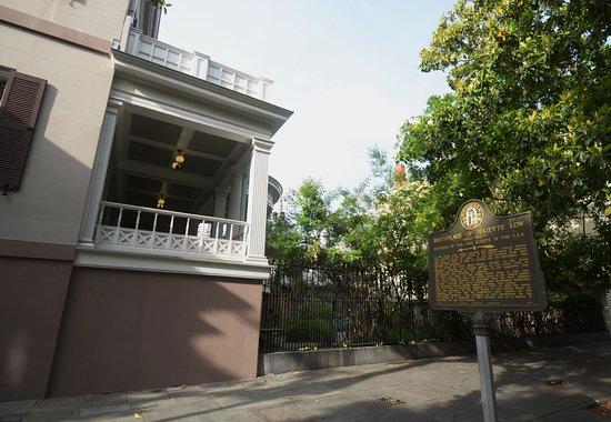 Juliette Gordon Low's Birthplace: la casa con la targa
