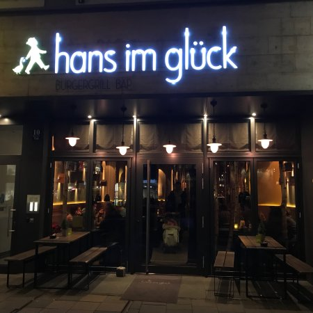 hans im gl ck burgergrill m nchen westend bergmannstrasse 50 restaurant bewertungen. Black Bedroom Furniture Sets. Home Design Ideas