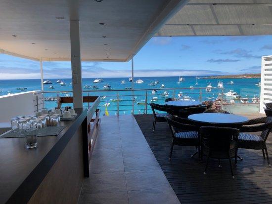 Galapagos Sunset: 4th floor patio, breakfast area
