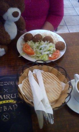 Nemrut Doner Kebab: Co nieco na talerzu