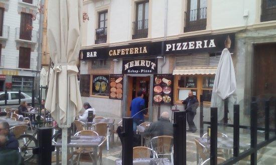 Nemrut Doner Kebab: Widok z zewnątrz