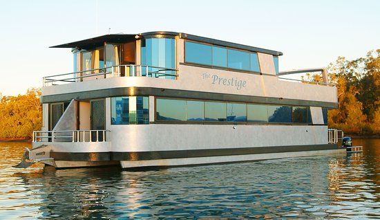 Coomera, Australia: The Prestige Houseboat, 60' Long Sleeps 12, a Beautiful Houseboat.