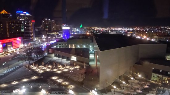 Salt Lake Plaza Hotel: Looking out at the city lights
