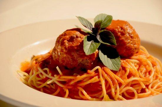 Vincenzo Cucina Italiana: Spaghetti con Polpette