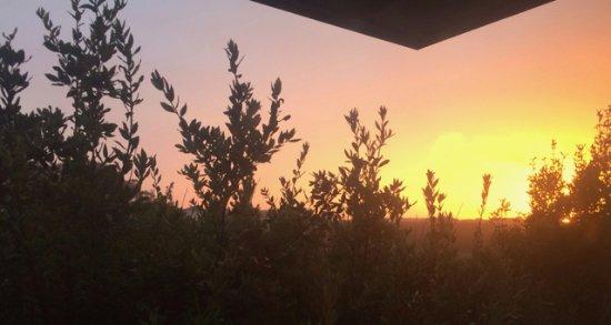 Beach House Inn: Beautiful sunset