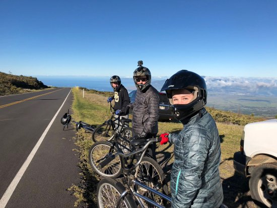 Maui Easy Riders: Headed down!