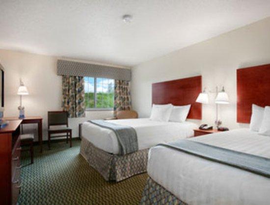 Carroll, IA: Guest room