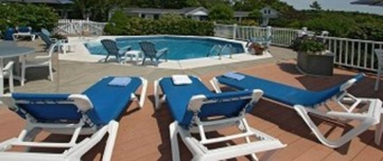 ‪‪Glen Cove Inn & Suites‬: Pool‬
