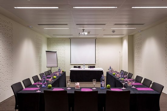 Meeting room nh c a ayre hotel rosellon barcelona - Hotel ayre rosellon en barcelona ...
