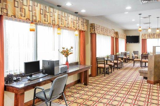 Comfort Suites Golden Isles Gateway Brunswick: Business center