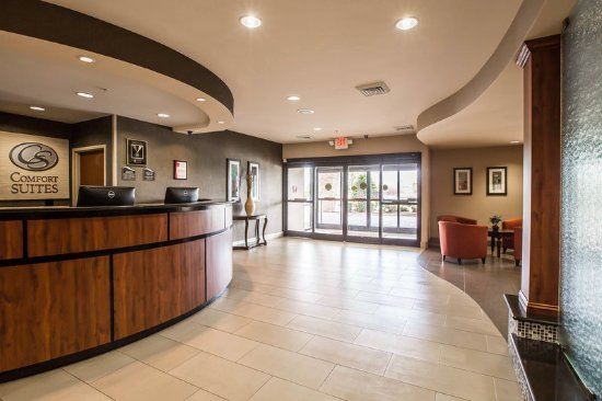 Whitsett, Carolina del Norte: Lobby