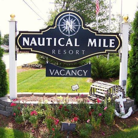 Nautical Mile Resort: Exterior