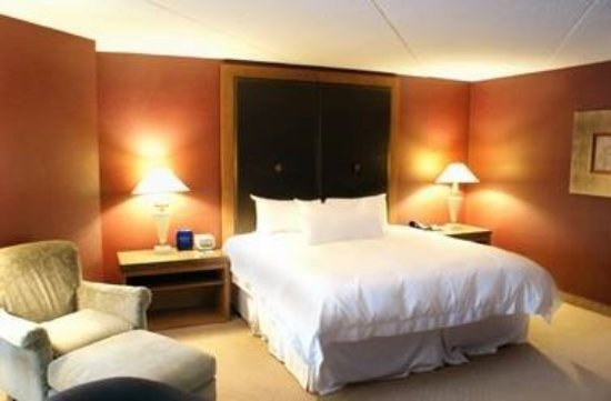 White Oaks Conference Resort & Spa: Guest room