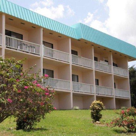 Flamboyan on the Bay Resort & Villas: Exterior