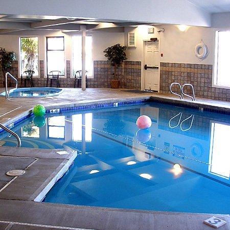 Edgewater Inn: Pool