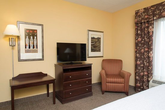 Hampton Inn Indianapolis Northwest - Park 100: Guest room