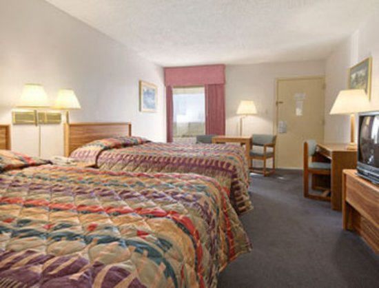 Sterling, CO: Guest room