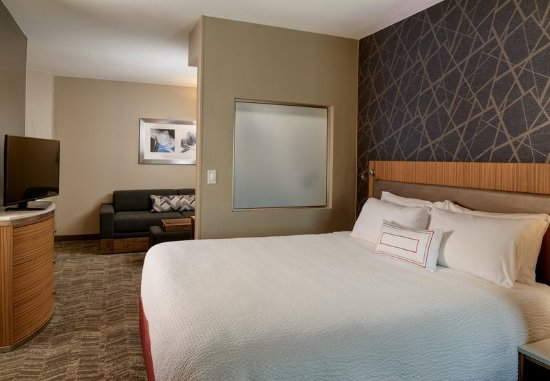 Brentwood, MO: Guest room