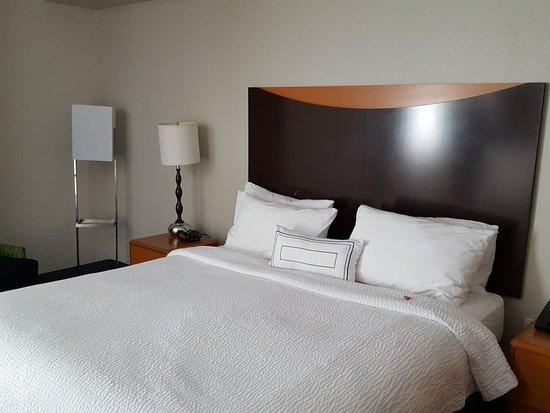 Fairfield Inn & Suites Miami Airport South: 20171225_124049_large.jpg