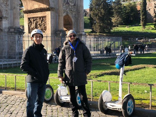 2-Hour Panoramic Segway Tour of Rome: with Mat near the Colosseo