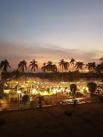 Karachi Dating - Free Pakistan Dating