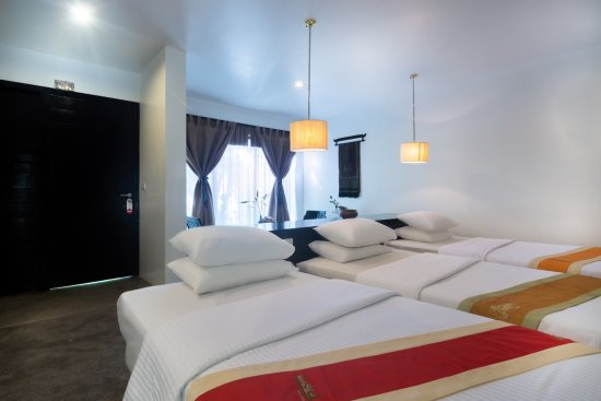 Bunwin Boutique Hotel: Deluxe Triple Room