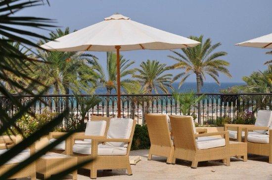 Movenpick Resort & Marine Spa Sousse: Балкон у лобби