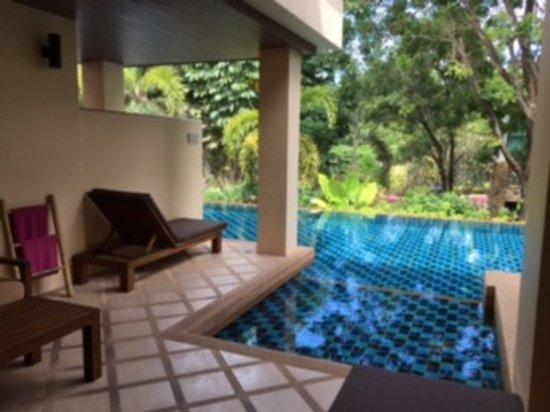 Direct piscine depuis la terrasse bild von crown lanta for Chambre public affairs