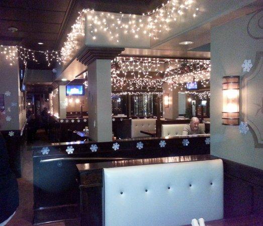 RackHouse Tavern: towards the bar