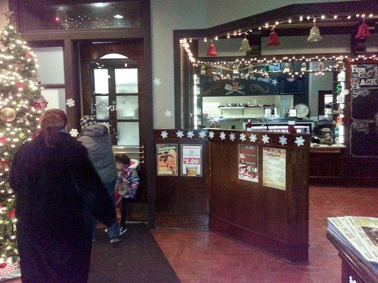 RackHouse Tavern: the front lobby decorated for Christmas