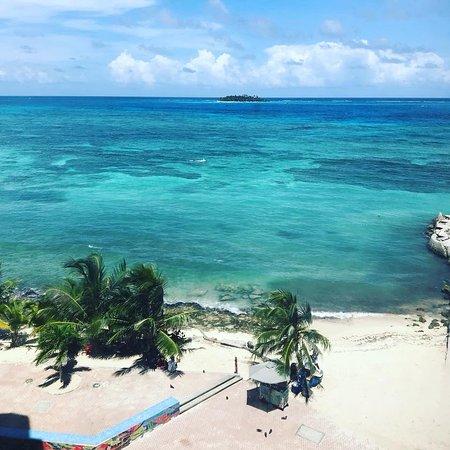 Hotel Calypso: Foto tirada da janela do quarto