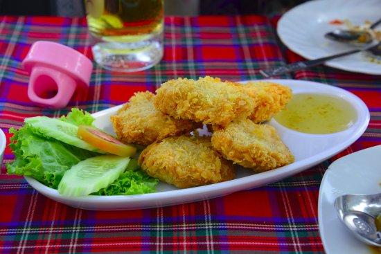 De riva ayothaya ayutthaya restaurant reviews phone for Ayothaya thai cuisine
