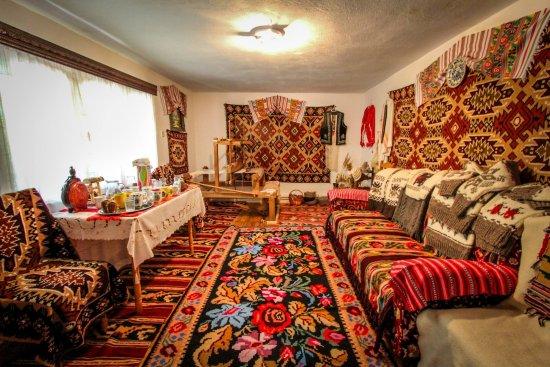 Brasov County, Rumania: Tradición en Transilvania, Rumania. Sighisoara. www.guiatransilvania.ro