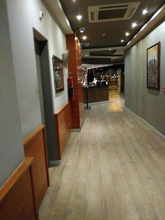 Hotel Oasis: IMG_20171226_223052_large.jpg