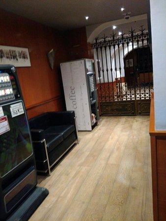Hotel Oasis: IMG_20171226_223059_large.jpg