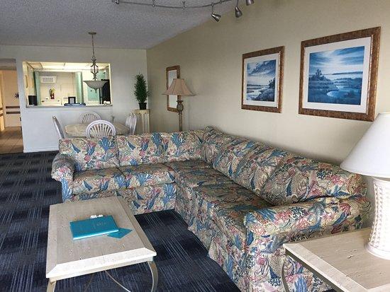 Las Olas Beach Club: living room
