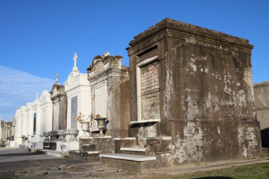Buzz Nola Bike Tours And Rentals St Louis Cemetery No 3