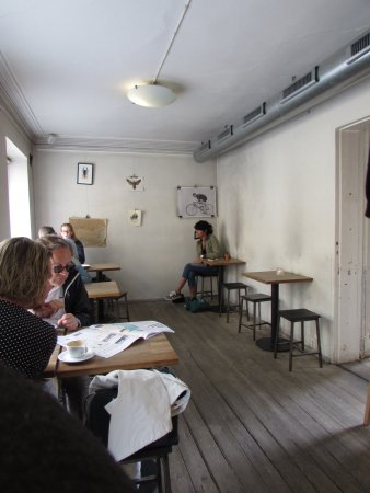 Da Matteo Cafe Minimalist Urban Chic Decor