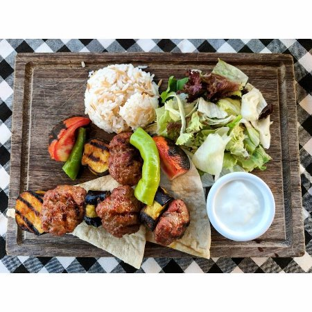 Cozy Restaurant Cafe & Pub: Grilled kofte