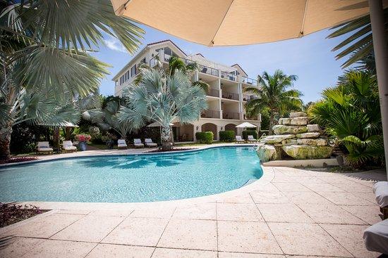 Villa del Mar: Boutique Hotel Pool - Very Private - Most Comfortable Sun Loungers on Provo