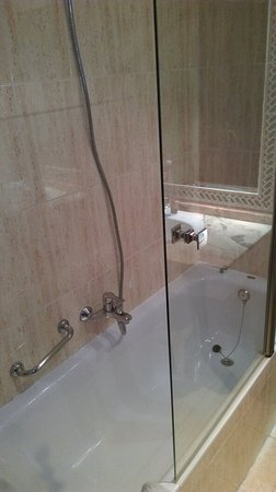 Hotel Velada Merida: TA_IMG_20171227_230320_large.jpg
