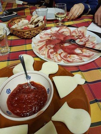 Sant'Ilario dello Ionio, Italy: 20171227_211418_large.jpg