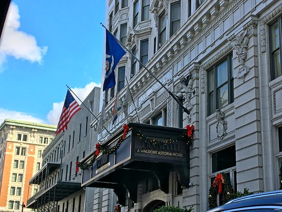 The Roosevelt New Orleans, A Waldorf Astoria Hotel: Outside The Roosevelt