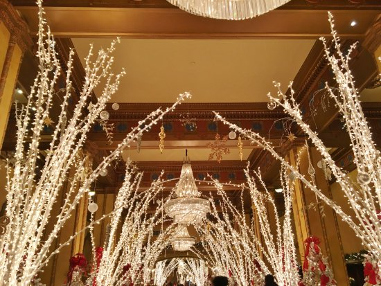 The Roosevelt New Orleans, A Waldorf Astoria Hotel: Inside Lobby
