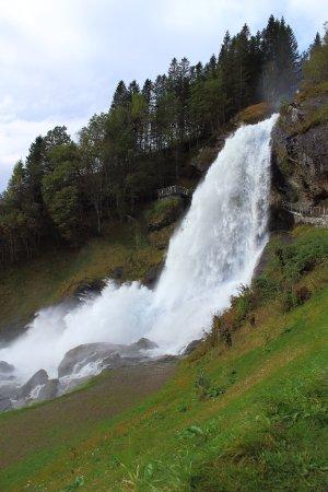 Norheimsund, Norvège : Steinsdalsfossen Waterfal