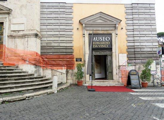 Chiesa di Santa Maria del Popolo: Steps lead to the church on the left.