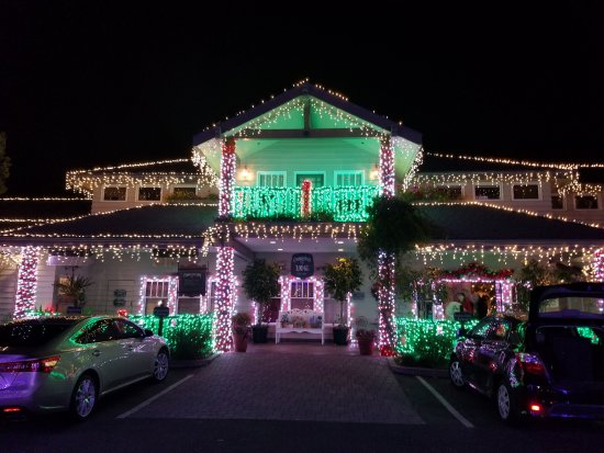 Cambria Pines Lodge Decorated for the Holidays