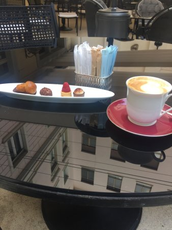 Hotel Hassler : coffee