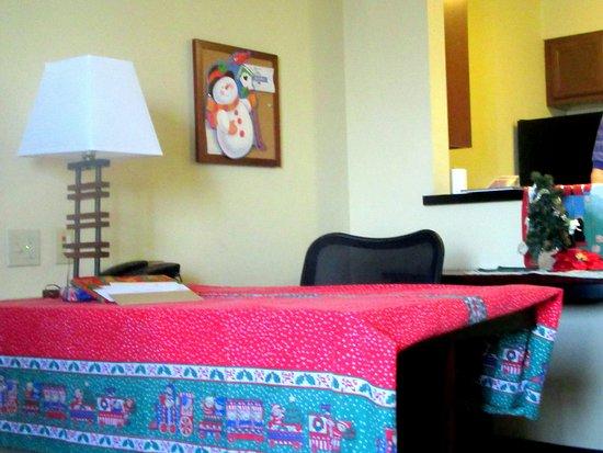 Larkspur Landing Folsom: Desk (Our Decorations for Christamas), Larkspur Landing, Folsom, CA
